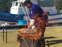 【第15回 土佐さがのもどりガツオ祭】が秋晴れの中、開催されました。